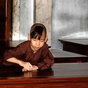 Girl Monk by Jesús Sánchez Ibáñez - People High School Seniors ( monk, hue, vietnam )