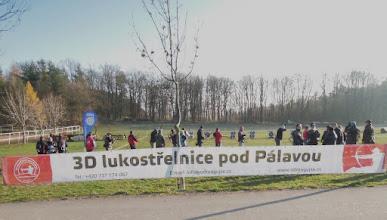 Photo: ... vítá lukostřelce na Panské Líše.