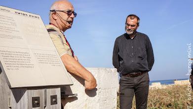 Photo: la pietra con l'iscrizione di Pilato. don Massimo ascolta attento