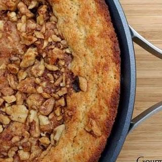 Almond Flour Skillet Sour Cream Coffee Cake