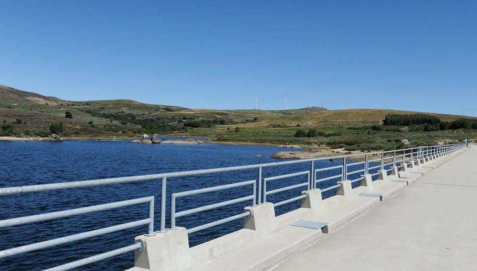 AVISO: Descargas de águas na barragem de Pretarouca