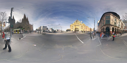 Photo: Flinders Street, Melbourne.