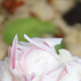 3-ingredient Onion raita-Side dish for Biriyani, Roti, Pulao.