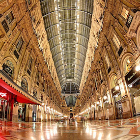 Galleria Vittorio Emanuele by Luca Libralato - Buildings & Architecture Public & Historical ( galleria, galleria vittorio emanuele, piazza duomo, italy, milano )