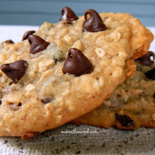 Banana, Oatmeal, Chocolate Chip Cookies