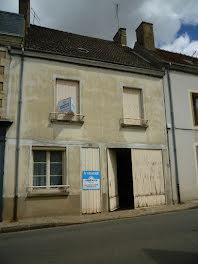 maison à Châteaumeillant (18)