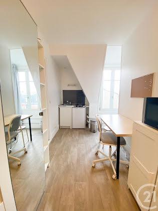 Location studio meublé 14,05 m2