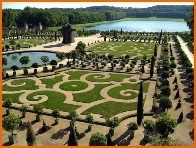 Photo: gardens of versailles,France