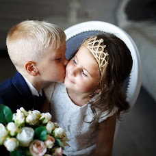Wedding photographer Evgeniya Rossinskaya (EvgeniyaRoss). Photo of 03.08.2016