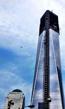 Photo: One World Trade Center (aiemmin nimellä Freedom Tower) rakenteilla Ground Zeron alueella - huomaa lentokone kuvassa