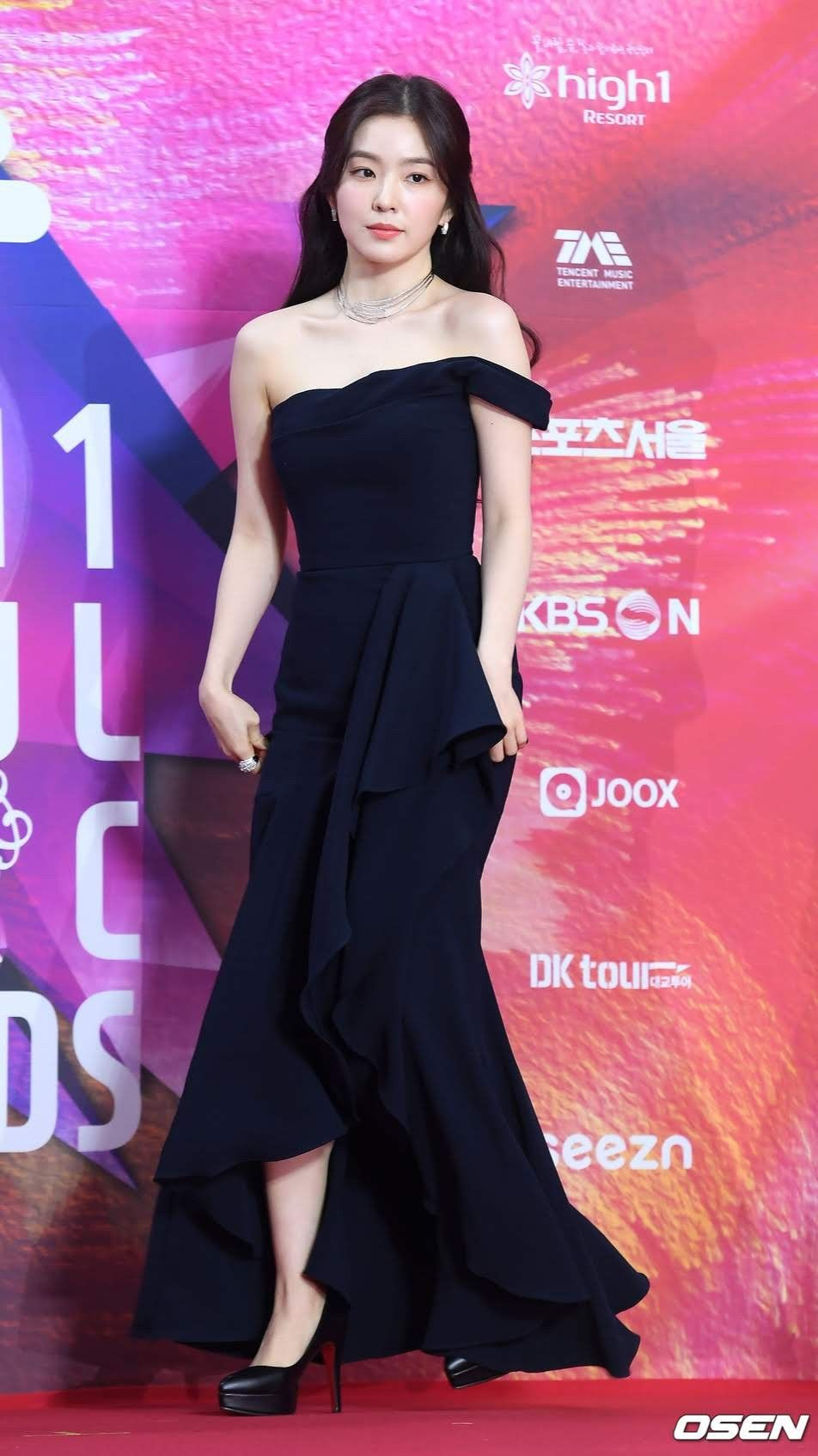 irene gown 25