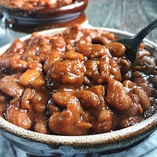 Homemade Crock Pot Baked Beans.