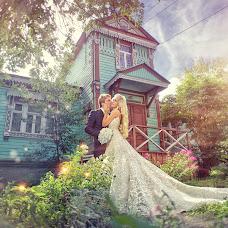 Wedding photographer Aleksandr Rozhdestvenskiy (Rozhdestvenskij). Photo of 18.03.2014