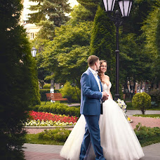 Wedding photographer Aleksandr Bondarev (AleksBond). Photo of 07.08.2014