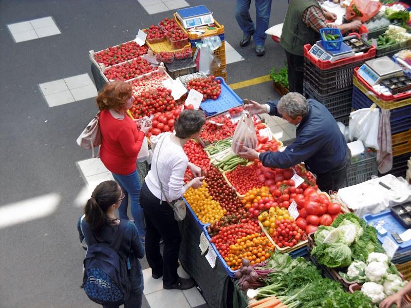 Come un pomodoro a Budapest di Claudia Masottini
