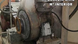 Fueron sorprendidos desmontando un motor de blanqueo.