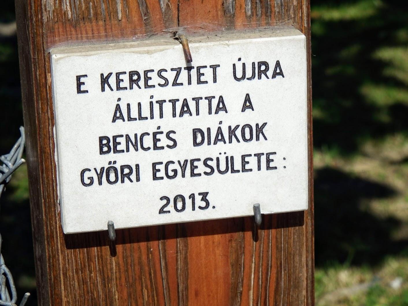 Győr-Nádorváros - Emlékkereszt-A XX. század minden magyar áldozata emlékére