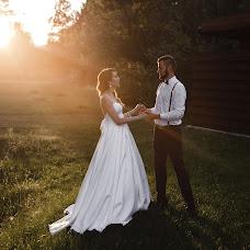 Wedding photographer Veronika Yarinina (Ronika). Photo of 07.08.2017