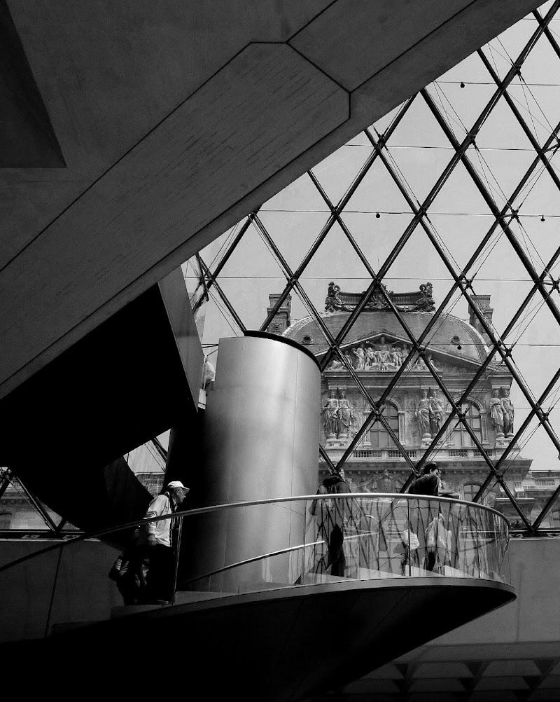 Salire al Louvre di Andrea F