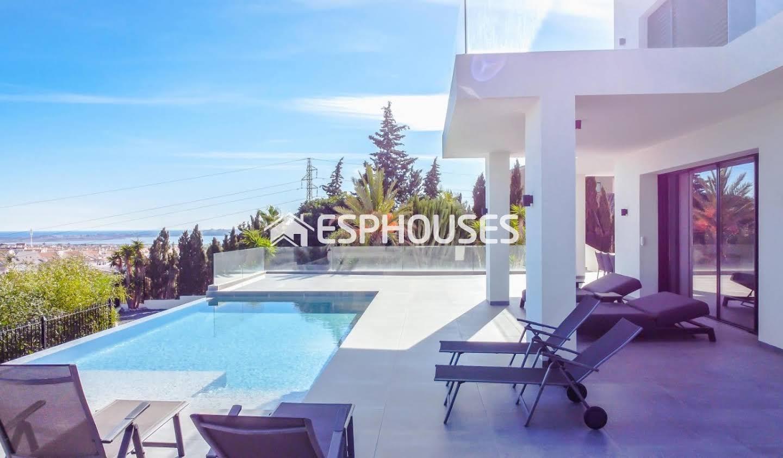 Maison avec piscine et terrasse Quesada