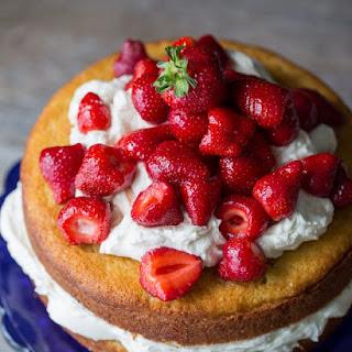 Strawberry Mascarpone Cake.