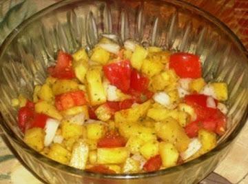 Pineapple, Tomato And Pepper Salsa Recipe
