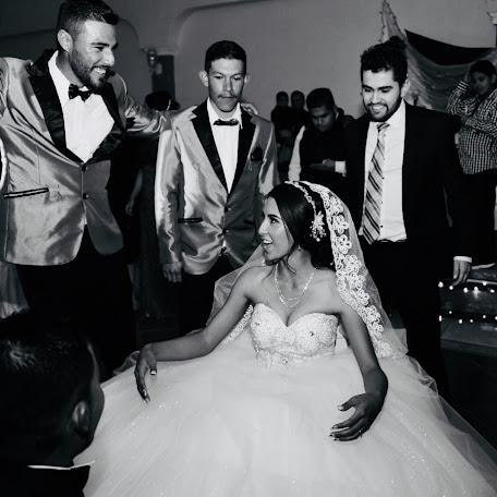 Svatební fotograf Yaziel Sandoval (YazielSandoval). Fotografie z 14.01.2018