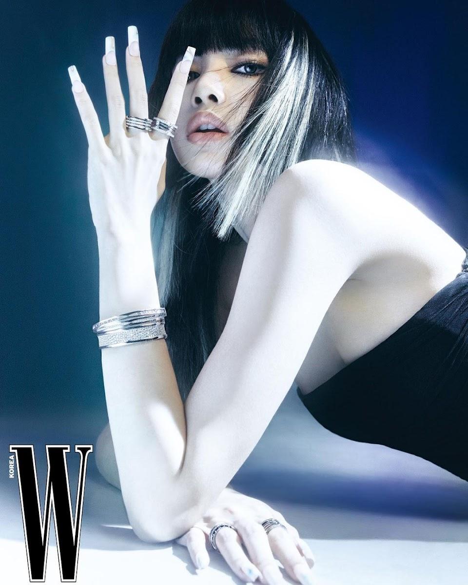Lisa W Korea