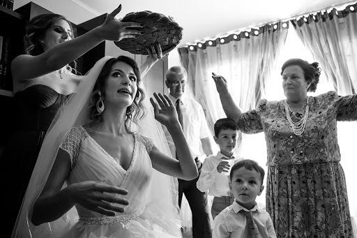 Wedding photographer Cristina Tanase (CristinaTanase). Photo of 22.08.2017