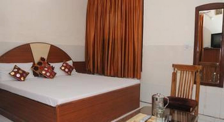Hotel Surya Palace