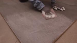 realiser-soi-meme-son-beton-cire-avec-la-methode-dapplication-du-reseau-dapplicateurs-specialises-les-betons-de-clara