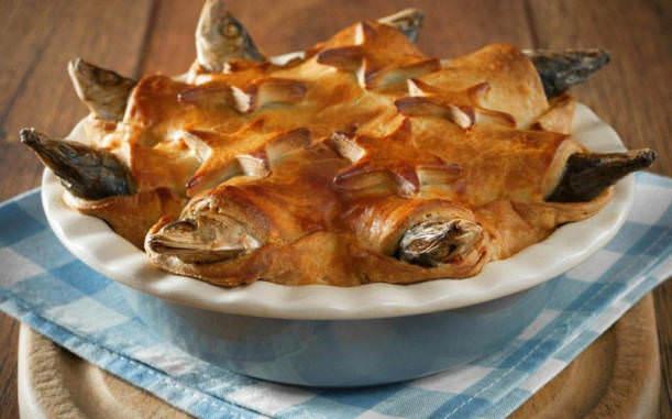İğrenç Yiyecekler - Balıklı pasta
