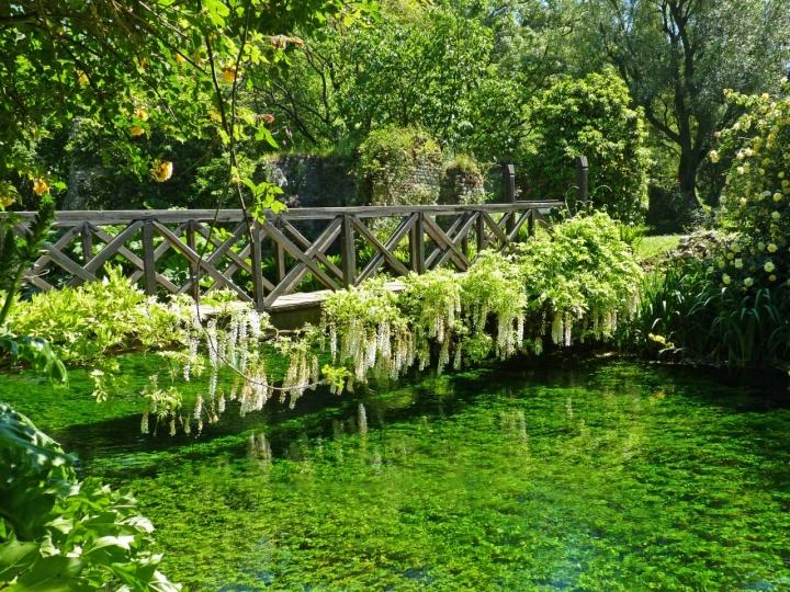 Un romantico ponte di ombry