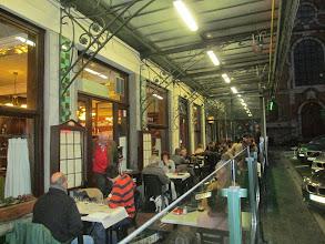 Photo: ... en zijn terrasje 'chez Istas'