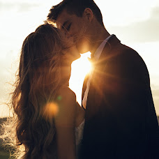 Wedding photographer Dima Zaharia (dimanrg). Photo of 13.09.2018