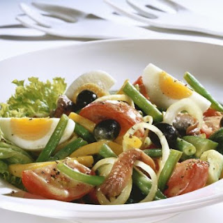 Nicoise Salad with Mixed Beans