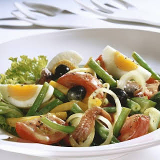 Nicoise Salad with Mixed Beans.