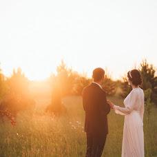 Wedding photographer Lena Zaryanova (Zaryanova). Photo of 19.07.2018