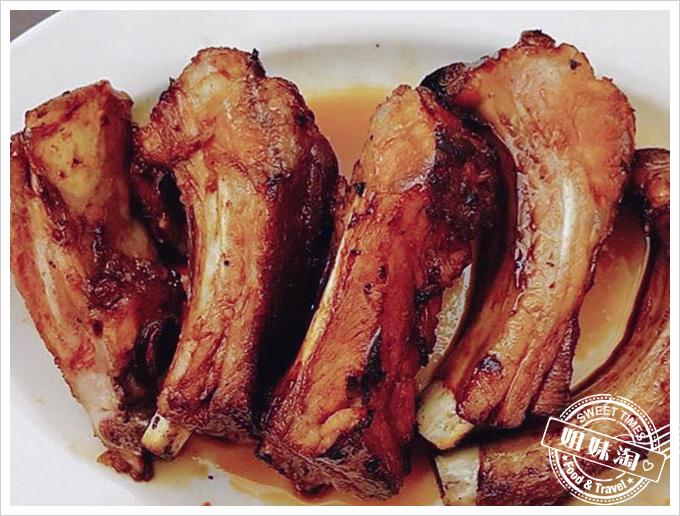 王記膠元湯醬燒豬肋排