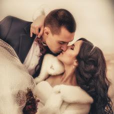 Wedding photographer Vladimir Revik (Revic). Photo of 08.04.2014