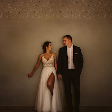Wedding photographer Piotr Kochanowski (KotoFoto). Photo of 03.10.2018
