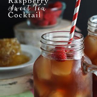 Raspberry Sweet Tea Cocktail.
