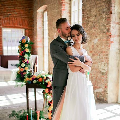 Wedding photographer Pavel Antonov (antonowpavel). Photo of 05.02.2018
