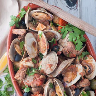 Portuguese Style Pork and Clams (Carne de Porco à Alentejana)