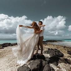 Wedding photographer Nastya Shugina (mauritiusphotog). Photo of 02.10.2018