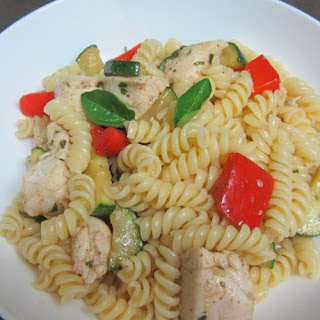 Pasta With Chicken Breast, Zucchini, Red Pepper And Olive Oil.