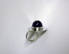 Photo: Anne-Marie. zilveren ring met amethist
