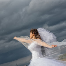 Wedding photographer Anzhela Grinchenkova (AngelGrin). Photo of 13.10.2013