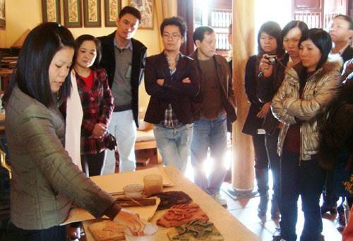 Làng tranh Đông Hồ đậm văn hóa dân gian