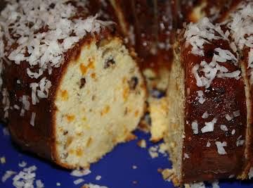 Tropical breeze cream cheese pound cake